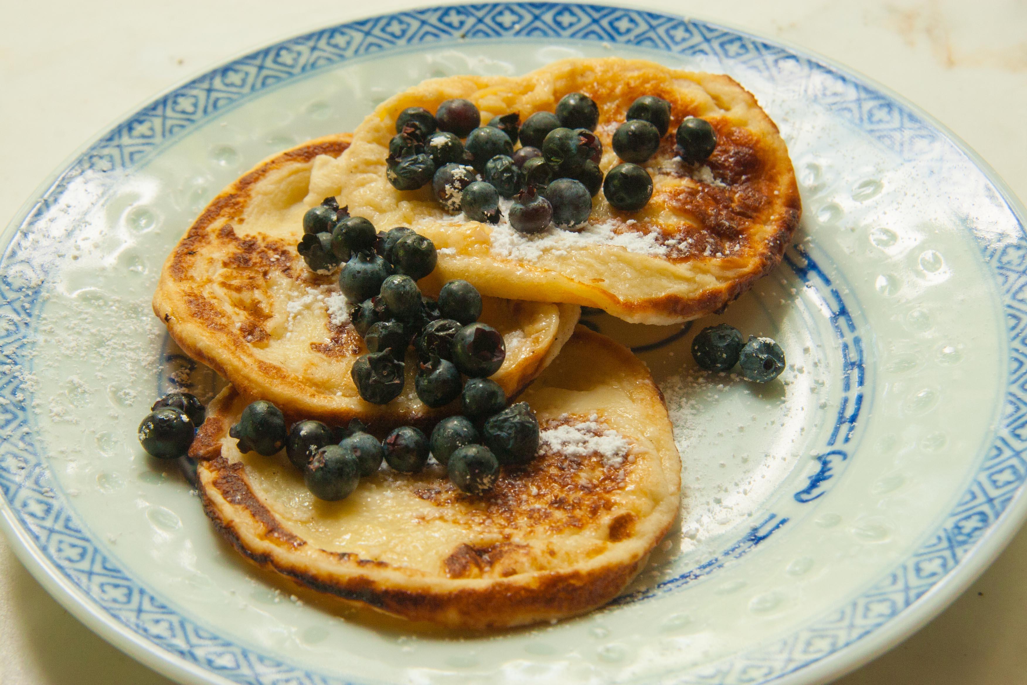 Swedish Pancakes with Berries: Recipe